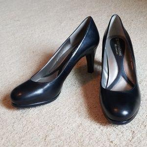 Naturalizer N5 Comfort Heels